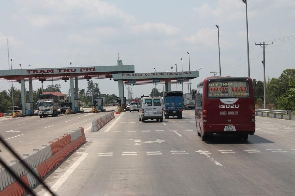Trạm thu phí đường cao tốc TPHCM – Trung Lương