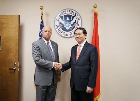 Bộ trưởng Trần Đại Quang và ngài Jeh Charles Johnson, Bộ trưởng Bộ An ninh nội địa Hoa Kỳ.