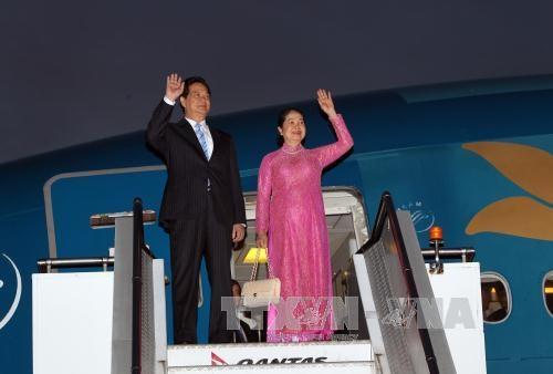 Thủ tướng Nguyễn Tấn Dũng và Phu nhân tại sân bay quốc tế Sydney tối 16/3. Ảnh: Đức Tám–TTXVN