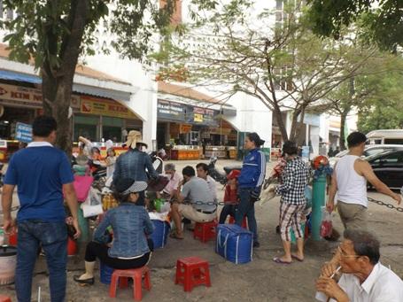 Chợ Đông Hà, nơi xuất hiện nhiều phụ nữ công khai bán thuốc kích dục.Ảnh: Quang Thành