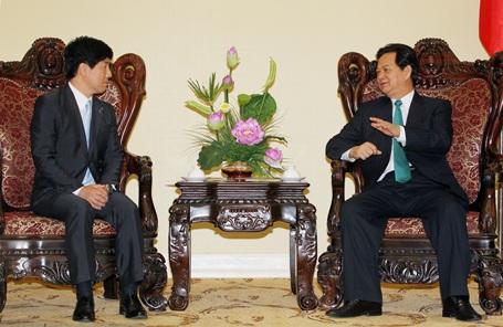 Nhật Bản chia sẻ với Việt Nam việc duy trì hòa bình, an ninh trên Biển Đông