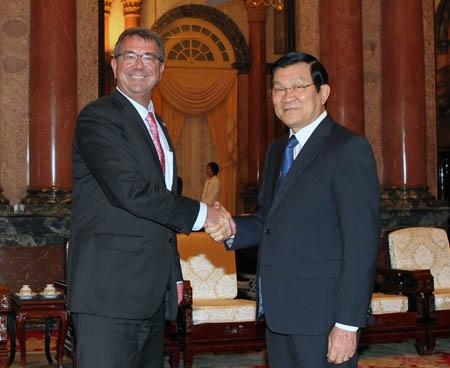 Chủ tịch nước Trương Tấn Sang đã tiếp ngài Ashton Carter