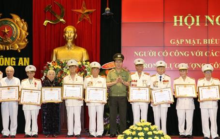 Chủ tịch nước Trương Tấn Sang phát biểu tại Hội nghị.
