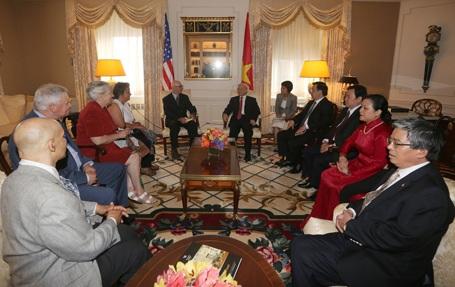 Tổng Bí thư Nguyễn Phú Trọng gặp thân mật cộng đồng người Việt tại Hoa Kỳ.
