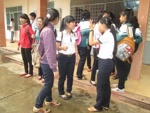 Thí sinh dự thi vào lớp 10 tại Đắk Lắk