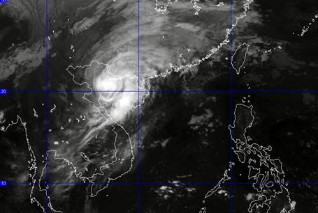 Ảnh mây vệ tinh về bão số 8.