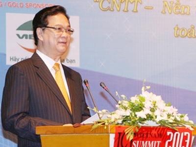 Thủ tướng Nguyễn Tấn Dũng đến dự và phát biểu tại Diễn đàn. (Ảnh: Thống Nhất/TTXVN)