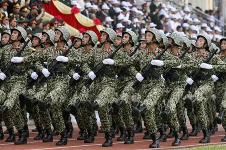 Đoàn lính đặc công tham gia lễ diễu binh (ảnh: Hữu Nghị).