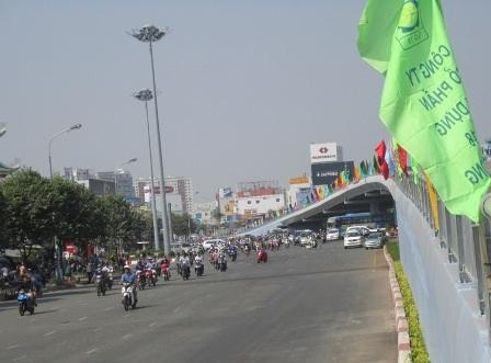 Và cầu vượt Hàng Xanh cũng được đưa vào sử dụng từ ngày 27/1