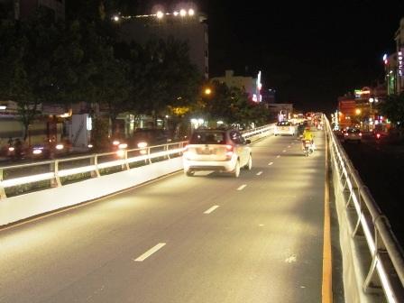 Ánh sáng vẫn đủ cho phương tiện lưu thông bình thường