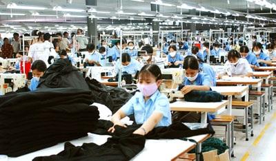 Nhu cầu tuyển dụng ngành dệt may - giày da tăng cao