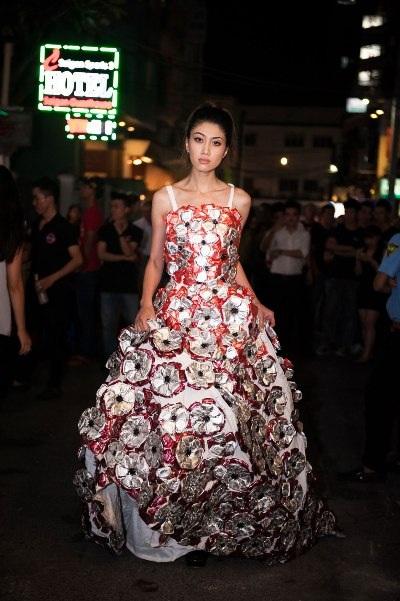 Người mẫu Huỳnh Ý Nhi