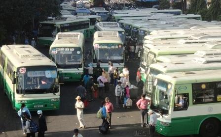 Nhiều xe buýt đang hoạt động đã xuống cấp trầm trọng