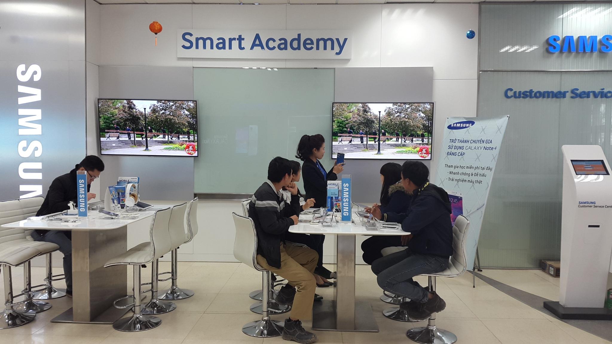 """Samsung tiên phong mở 'Học viện thông minh"""" nâng cao trải nghiệm người dùng"""