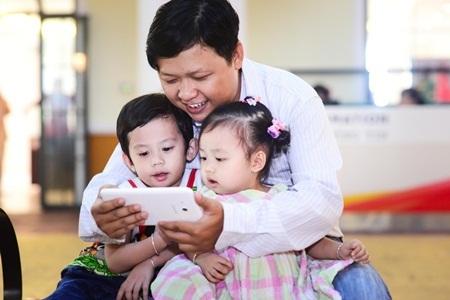 Galaxy Tab3 V mở ra kho nội dung hết sức hấp dẫn và thú vị dành cho trẻ