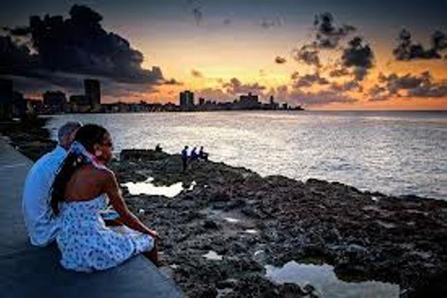 Havana, Cuba khiến con người yêu nhau hơn.