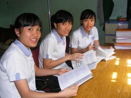 Ba chị em sinh ba Đan Thanh, Châu Thanh và Bảo Thanh