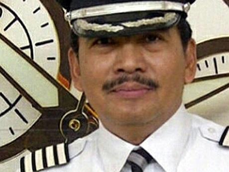 Cơ trưởng chuyến bay mất tích QZ8501 rất chu đáo