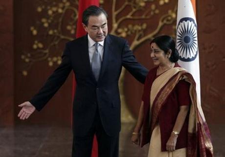 Ngoại trưởng Ấn Độ thăm Trung Quốc
