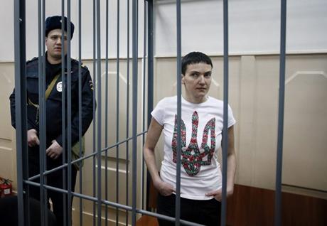 Nữ phi công người Ukraine Nadezhda Savchenko đang bị giam giữ tại Nga. (Ảnh: