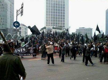 Những người ủng hộ IS tập trung tại thủ đô Jakarta, Indonesia năm 2014. (Ảnh: