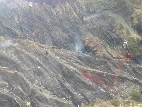 Hình ảnh được cho là hiện trường nơi máy bay Germanwings rơi. (Ảnh: