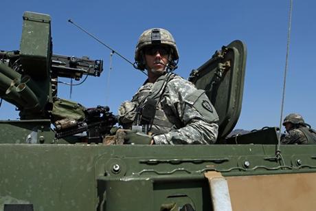 Mỹ, Hàn phô diễn sức mạnh trong tập trận Đại bàng non