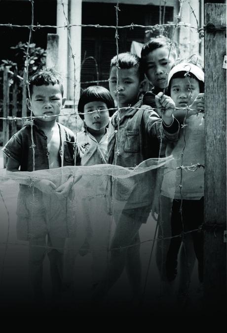 Những hình ảnh trong chiến dịch không vận trẻ em cách đây 40 năm