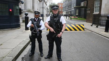 Cảnh sát Anh đã bắt hai thiếu niên vì âm mưu khủng bố. (Ảnh: