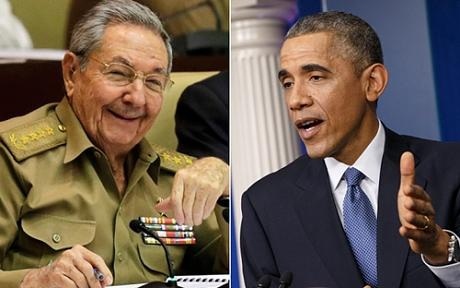 Chủ tịch Cuba Raul Castro (trái) và Tổng thống Mỹ Barack Obama. (Ảnh: