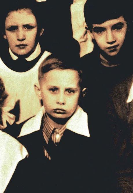 Những bức ảnh hiếm hoi của Tổng thống Putin khi còn nhỏ