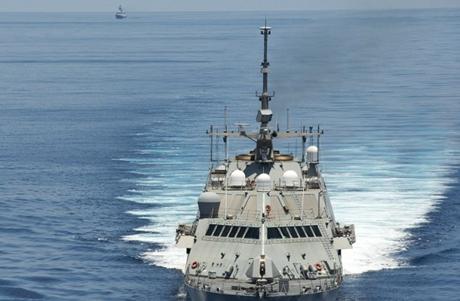 Cuộc đối đầu Trung - Mỹ trên không phận Biển Đông