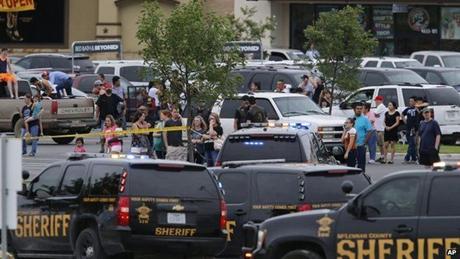 Hình ảnh tại hiện trường vụ đấu súng. (Ảnh: