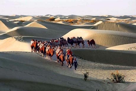 Tour du lịch Con đường tơ lụa (Ảnh: