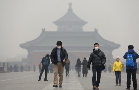 Sương mù do ô nhiễm môi trường ở Trung Quốc. (Ảnh: