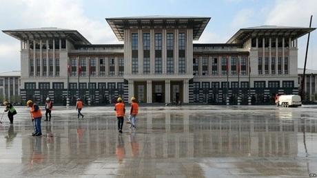 Dinh thự Ak Saray (Cung điện Trắng). (Ảnh: