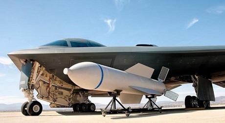 Mỹ có thể sẽ sử dụng bom MOP nặng tới 15 tấn nếu không đạt được thỏa thuận với Iran. (Ảnh: