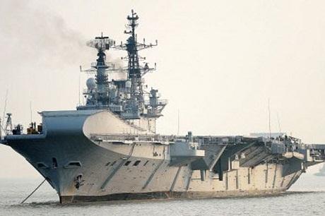 Tàu sân bay INS Viraat của Hải quân Ấn Độ sắp nghỉ hưu vào năm tới. (Ảnh: