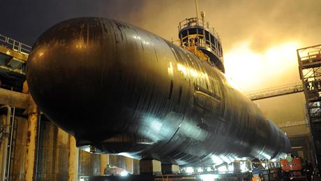 Tàu ngầm USS North Dakota sau khi quay trở lại căn cứ (Ảnh: