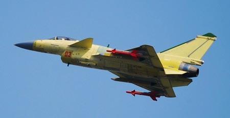 Một máy bay chiến đấu J-10B của Trung Quốc trong chuyến bay thử. (Ảnh: