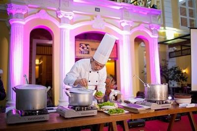 """Giấc mơ đưa ẩm thực Việt thành """"bếp thế giới"""""""