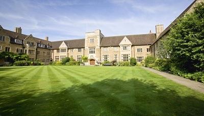 Học bổng A-Level và dự bị Đại học – Trường Bellerbys College