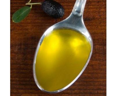 Thành phần axit béo Omega3 trong dầu ăn cho bé là rất quan trọng.