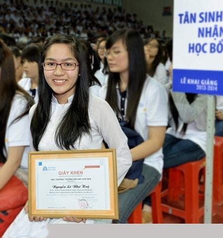 Bạn Nguyễn Lê Như Huệ - sinh viên Hoa Sen đã đạt học bổng tài năng mùa tuyển sinh 2013.
