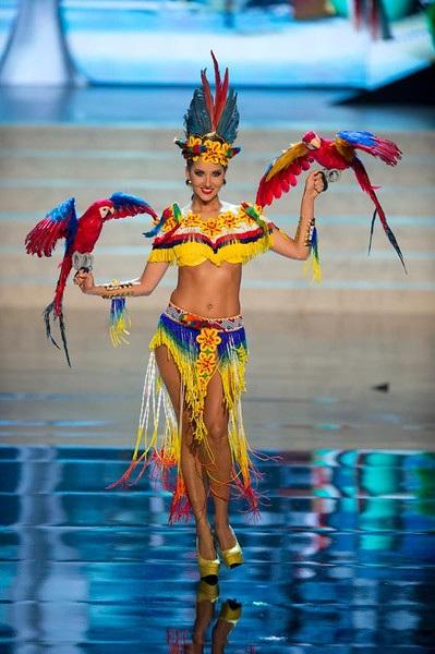 Miss Colombia- Daniella Alvarez Vasquez