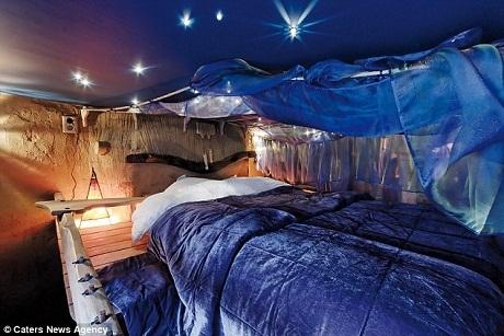 Phòng ngủ mặt trăng.