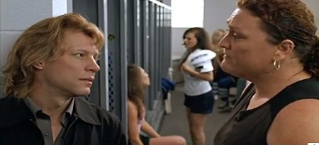 """Trong bộ phim kinh dị """"Cry Wolf"""", Jon vào vai thầy giáo điển trai Rich Walker."""