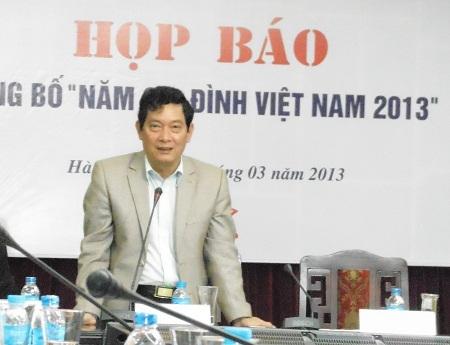 Thứ trưởng Bộ Văn hóa, Thể thao và Du lịch - ông Huỳnh Vĩnh Ái tại cuộc họp báo