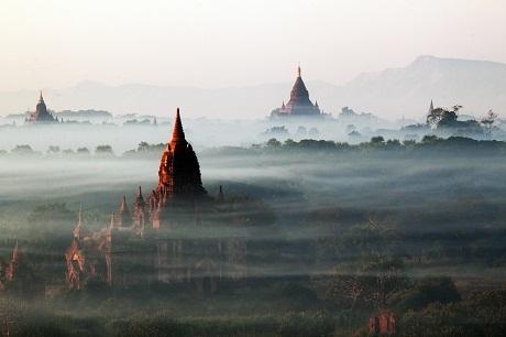 Du lịch – Cảnh vật ở Bagan, Myanmar.