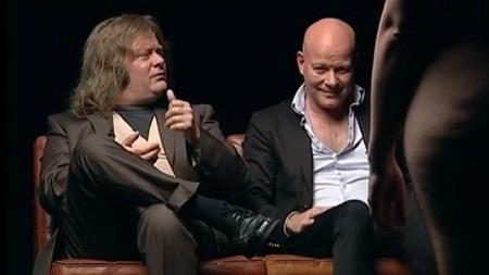 """Truyền thông Đan Mạch """"nổi sóng"""" vì chương trình bình luận phụ nữ khỏa thân"""